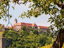 Sikt till en slott, Österrike Arkivfoto