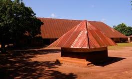 Sikt till kungliga slottar av Abomey, Benin arkivbilder