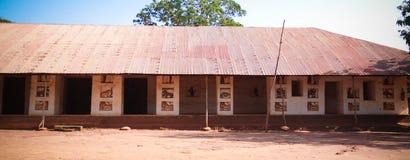 Sikt till kungliga slottar av Abomey, Benin royaltyfri foto