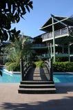 Sikt till Limak Lara Deluxe Hotel från den territoriumsida för ` s Arkivbilder