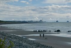 Sikt till port Taranaki från Waiwhakaiho royaltyfria foton