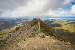 Sikt uppifrån av monteringen Errigal, Co Donegal arkivfoton
