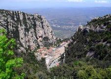 Sikt uppifrån på Montserrat Monastery Arkivbilder