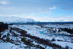 Sikt ?ver den Thingvellir nationalparken i Island arkivfoton