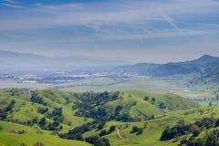 Sikten över dalsöderna av San Jose från Santa Teresa parkerar, Santa Clara County, Kalifornien arkivfoto