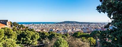 Sikten av Barcelona från parkerar Guell Arkivfoto