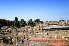 Sikten av den historiska antikviteten fördärvar av staden Pompei royaltyfria foton