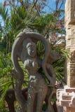 Sikten av forntida indiska kvinnor skulpterar, Chennai, Tamilnadu, Indien Januari 29 2017 Arkivfoto