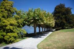 Sikten av härligt parkerar av villan Melzi Arkivfoto