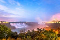 Sikten av Niagara Falls parkerar Fotografering för Bildbyråer