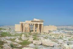 Sikten av Propylaea i Aten, Grekland royaltyfri fotografi