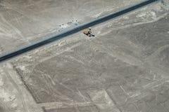 Sikten av sandfältet nära den Nazca staden, Peru Arkivfoto