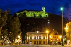 Sikten av slotten och kongressen kvadrerar i Ljubljana, Slovenien Royaltyfria Foton