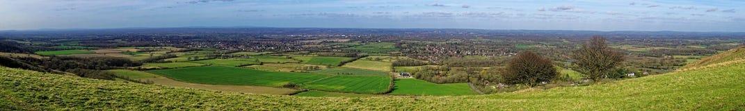 Sikten av Sussexen Weald från besegrar Arkivbilder