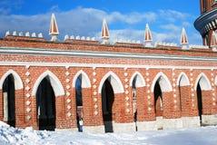 Sikten av Tsaritsyno parkerar i Moskva Arkivbilder