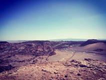 Sikten av vaggar bildande i den mån- dalen i San Pedro de Atacama, Chile Royaltyfri Bild