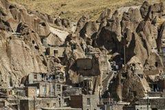 Sikten av vaggar byn Kandovan Östligt Azerbajdzjan landskap iran royaltyfria foton