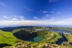 Sikten från Miradouro da Boca gör inferno, Azores, Portugal Arkivbilder