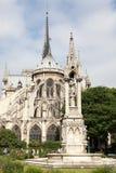 Sikten på den östliga sidan av den Notre-Dame domkyrkan, medeltal Royaltyfria Foton