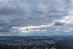 Sikten på Stuttgart från televisiontorn i Tyskland Royaltyfri Bild