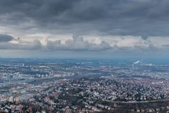 Sikten på Stuttgart från televisiontorn i Tyskland Royaltyfri Fotografi