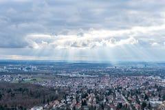 Sikten på Stuttgart från televisiontorn i Tyskland Arkivfoto