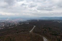 Sikten på Stuttgart från televisiontorn i Tyskland Arkivbild