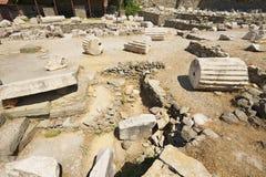 Sikten till fördärvar av mausoleet av Mausolus, en av de sju underna av den forntida världen i Bodrum, Turkiet royaltyfri bild