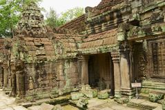 Sikten till fördärvar av Preahen Khan Temple i Siem Reap, Cambodja Arkivbilder