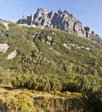 Sikten till Karbunkulovy hreben från den Velka Zmrzla dolinaen Royaltyfri Fotografi