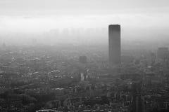 Sikter av den europeiska staden Paris överst Arkivfoton