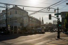 Sikter av en typisk gata i San Francisco, Kalifornien, USA arkivbild