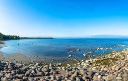 Sikter av golfen av Finland på en solig dag Fotografering för Bildbyråer