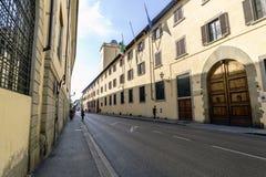 Sikter av grannskapar, gator och kyrkor av Florence Royaltyfri Foto