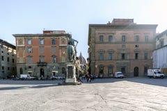 Sikter av grannskapar, gator och kyrkor av Florence Royaltyfri Bild