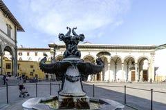 Sikter av grannskapar, gator och kyrkor av Florence Royaltyfria Bilder