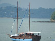 Siktspunkt på varma och klara azurt havvatten för Similan ö, Phuket, Thailand royaltyfria foton