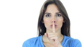 Silêncio, moça que mostra o gesto do silêncio Fotos de Stock