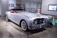 Silber Nash-Healeykabriolett 1953 durch Pinin-Farin Stockfotos