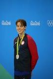Silbermedaillengewinner Connor Jaeger von Vereinigten Staaten während der Medaillendarstellung am Männer ` s 1500-Meter-Freistil  Lizenzfreies Stockbild