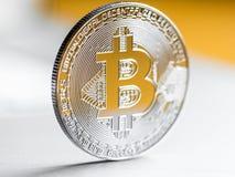 Silberne Bitcoin-Nahaufnahme Stockfotos