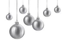 Silberne Kugeln des Satins Weihnachts Stockbild