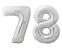 Silberne Nr. 78 achtundsiebzig machte vom aufblasbaren Ballon, der auf Weiß lokalisiert wurde Lizenzfreies Stockfoto