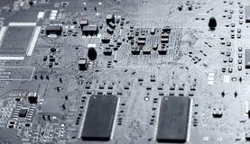 Silberne Tönung des Computer-Chips Stockfotos