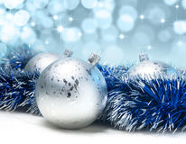 Silberne Weihnachtskugeln Stockfotografie