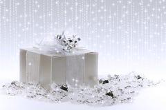 Silberner Geschenk-Kasten Stockfotos