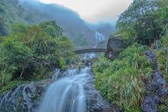 Silberner Wasserfall Lizenzfreies Stockbild