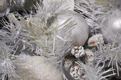 Silberner Weihnachtsbaumhintergrund Stockfotografie