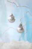 Silberner Weihnachtsflitter Stockfotos