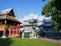 Silbernes Kloster in Wat-srisuphan Stockfotos